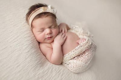finley abigail newborn