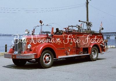Engine Co. 40's 1950 Mack hose wagon....this was a gem
