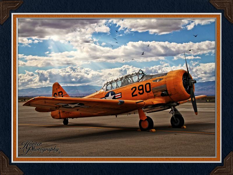Plane-2552-T-6 Texan-FB-c