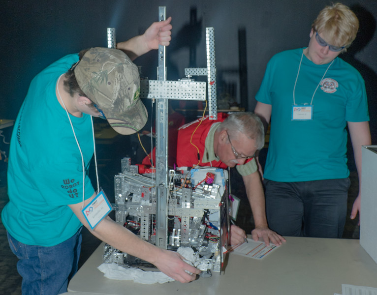 032-Mid competiont robot reinspection three