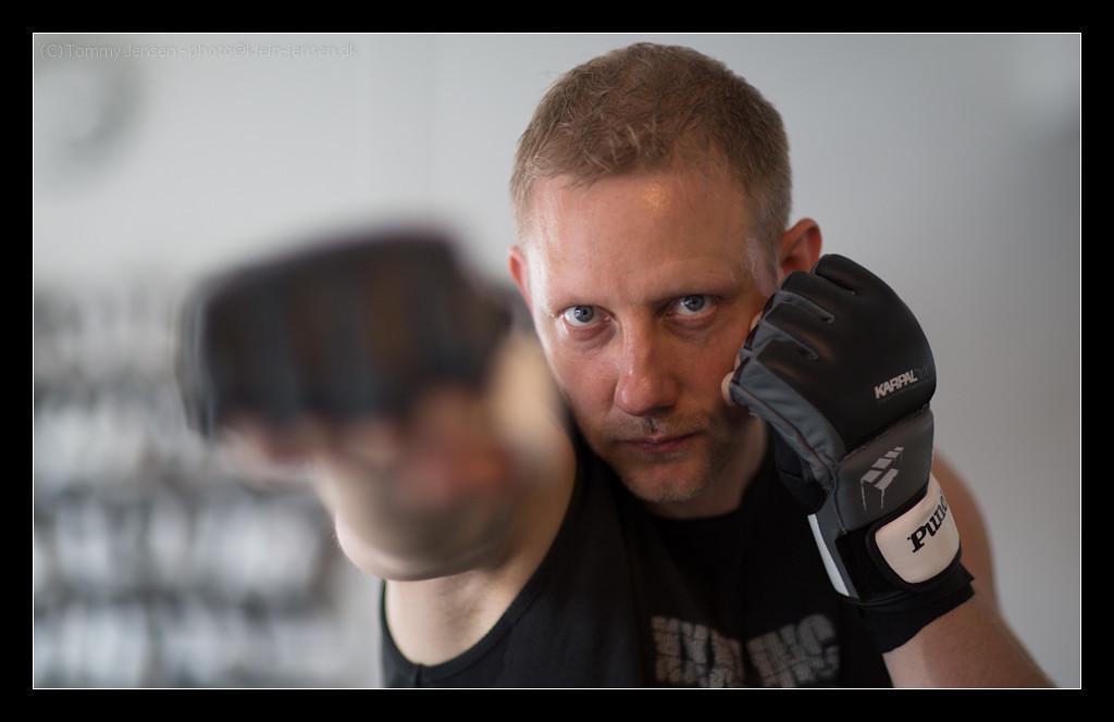 IMAGE: http://photos.klein-jensen.dk/Other/Fitness-World/Michael-Christensen/i-G9kVmFc/0/X2/4S2C2662-X2.jpg