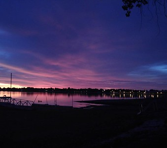 What a great #sunrise over #lakeloveland this morning.