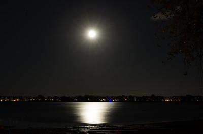 Another fantastic moon over the lake. #lakeloveland #lovelandcolorado