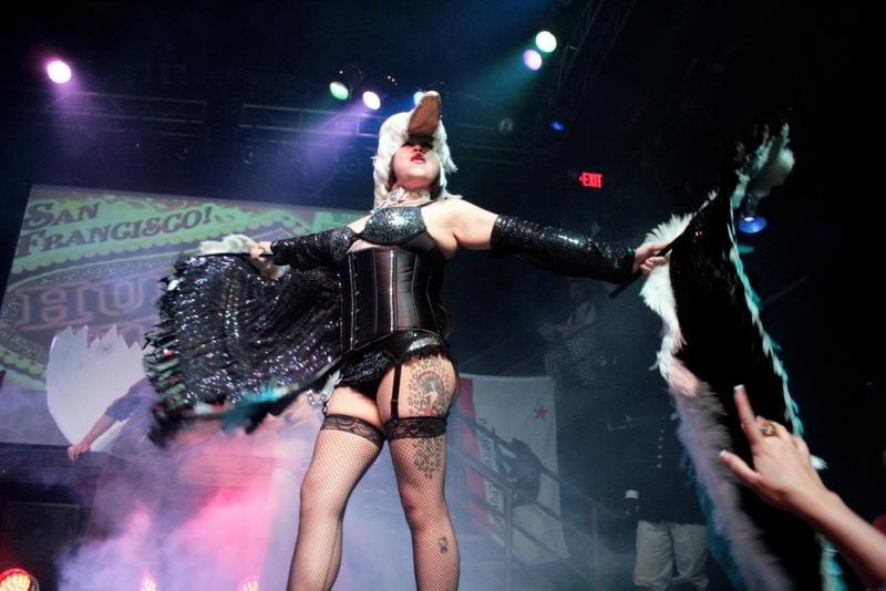 Rosalynn La Roux - Hubba Hubba Revue