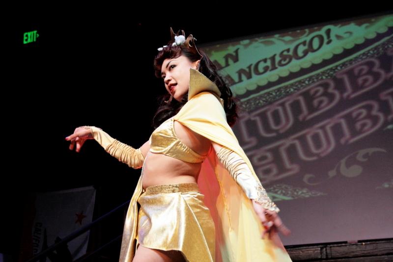 Mynx d'Meanor - Hubba Hubba Revue