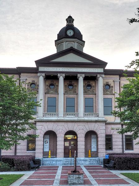 Columbia County Courthouse Lake City
