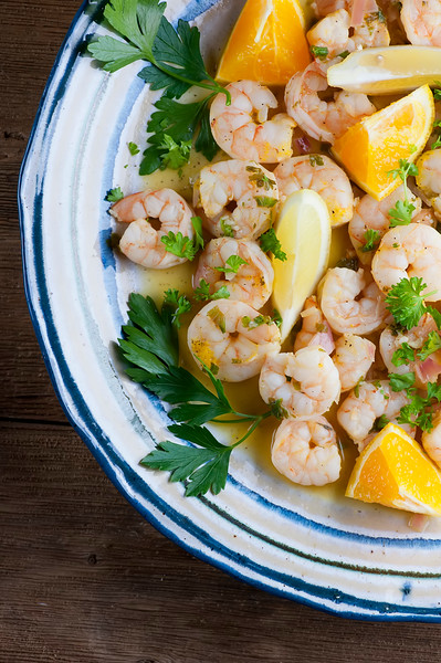 citrus shrimp with oranges and lemons