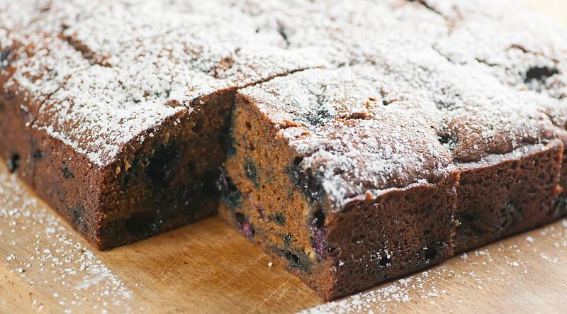 blueberry molasses snack cake