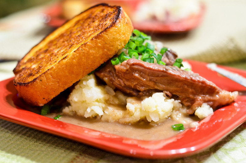 Beef Stew with Mashed Potato and Garlic Bread