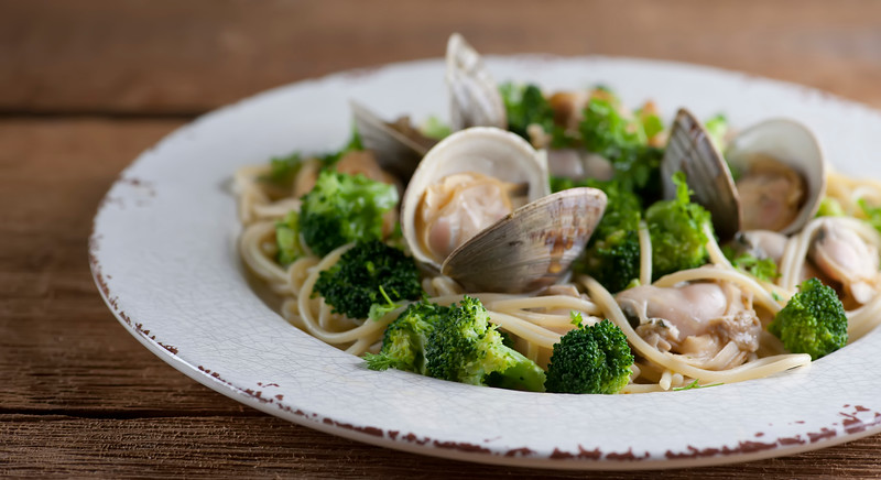 Spaghetti with Buttered Broccoli Clam Sauce