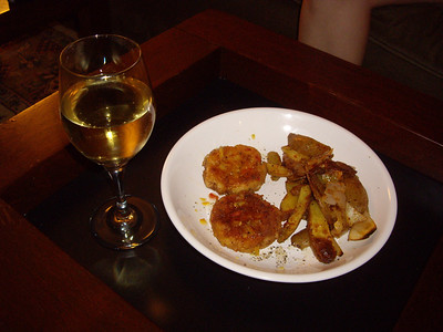 Crabcakes with orange marmalade and vinegar reduction with roasted fingerlings.