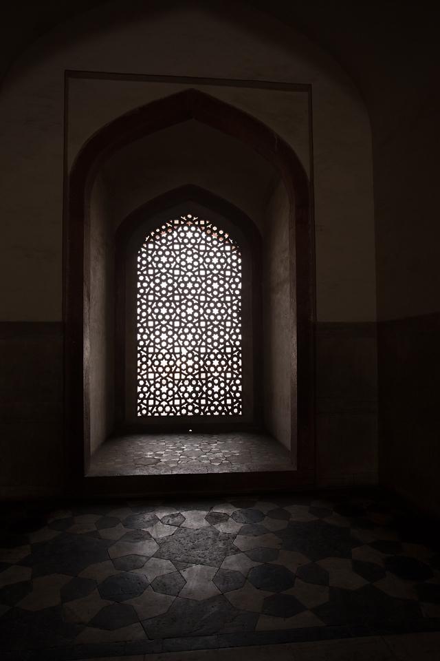 #22 Light and Shadows at Humayun's Tomb