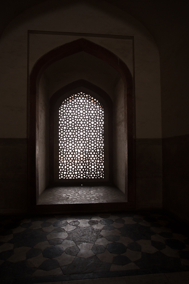 #22 Light and Shadows at Humayun's Tomb