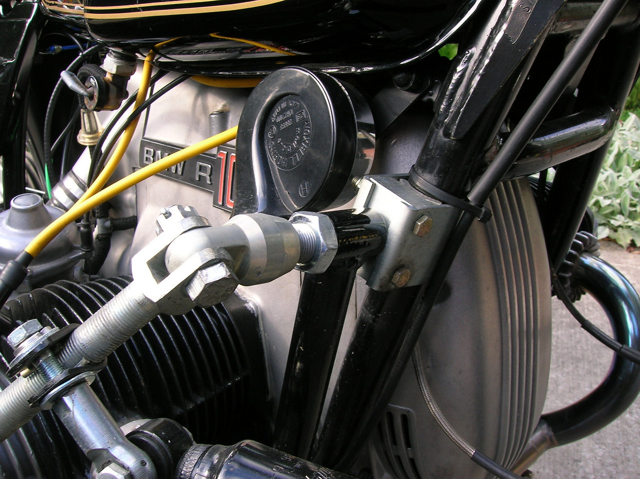 Front upper mount to bike frame.