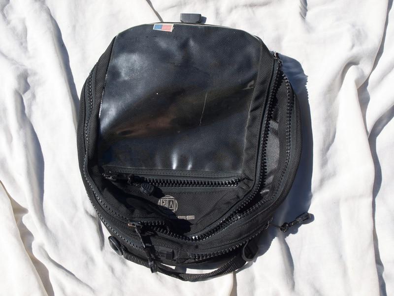 Marsee ~14L Magnetic Tank Bag