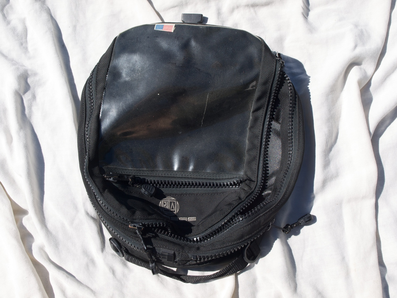 Marsee ~14L Magnetic Tank Bag