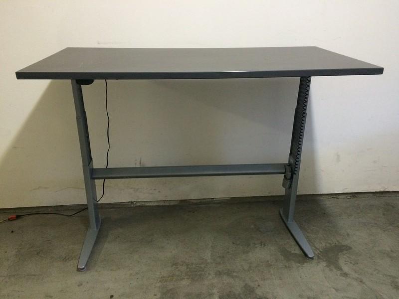 """BioMorph Standing Desk 60"""" x 30"""" - full height (48"""")"""
