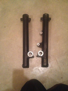 1995 R100GS fork lowers in great condition