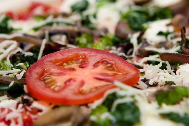 Tomato pizza.