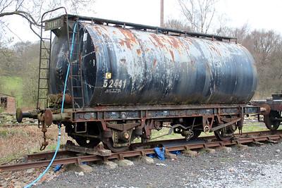 52441 22t Bitumen Tank   25/04/13