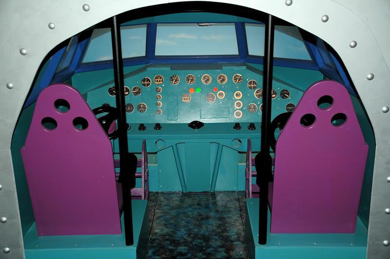 DSC_3142.JPG <br /> Kid\'s cockpit mockup