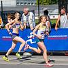 Zwei Läuferinnen kurz vor dem Ziel
