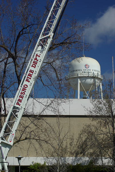 Fresno Fire Department visits Fresno State for a little experiment