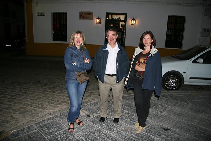 Luis Cuaresma, Pilar y Ana en Almonte