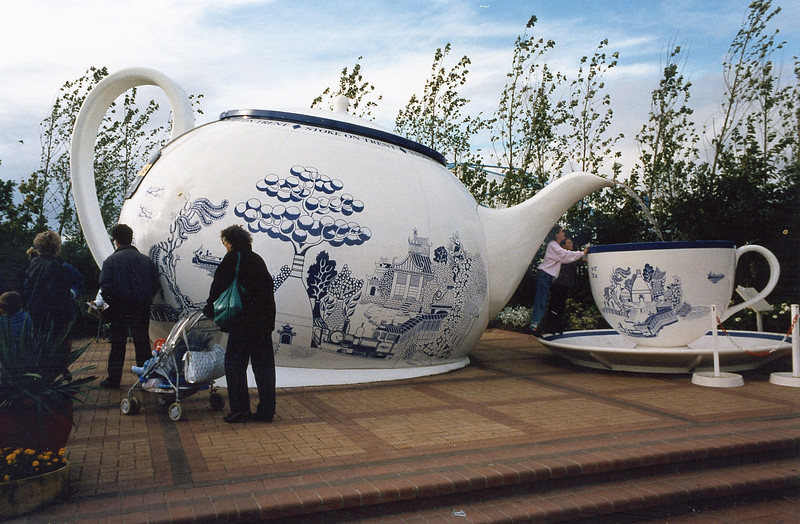 The Stoke on Trent garden reflecting the town's involvement in the manufacture of fine china and crockery
