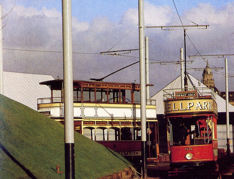 Cars 22 and 68 at the Kingston terminus of the Festival tramway on General Terminus Quay.
