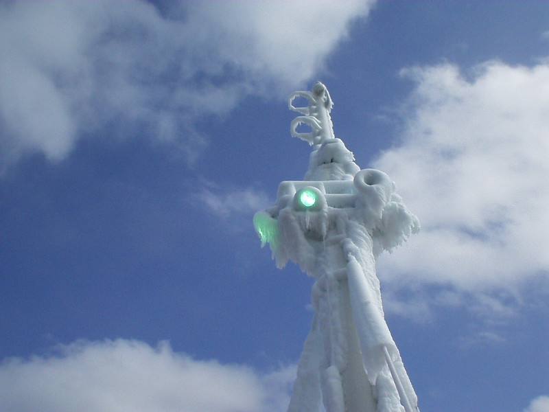 Frozen tanker<br /> <br /> Petroliera coperta di ghiaccio
