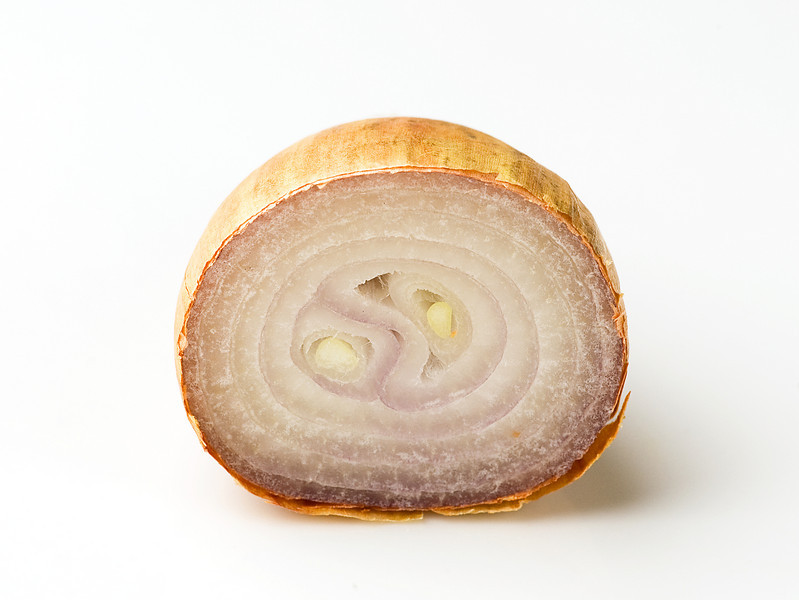 sliced shallot
