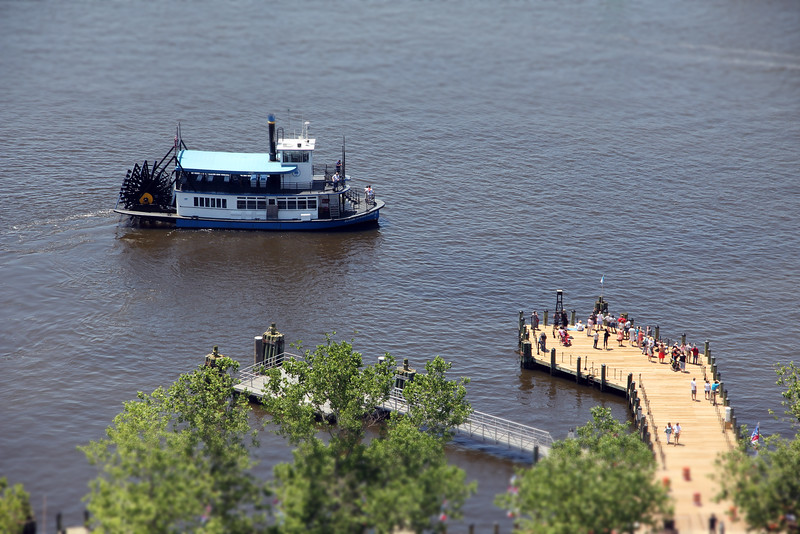 Mini Elizabeth River Ferry