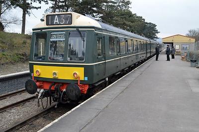 DMU W51363_W59510_W51405 at Cheltenham Station  14/03/15.