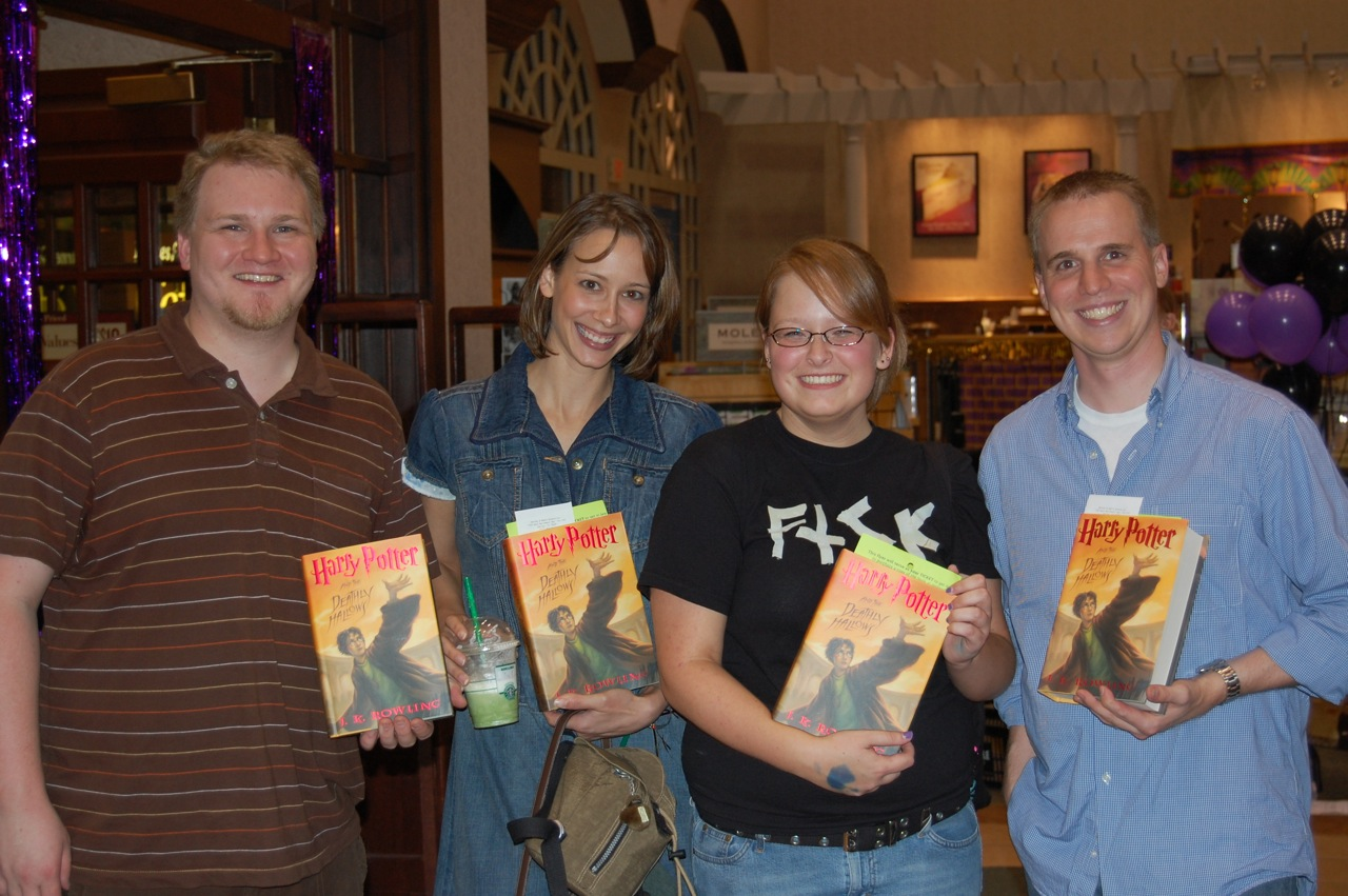 GBTV Harry Potter Meetup #14  Only four of us stuck around to buy the book.