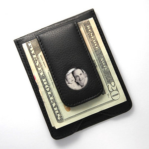 Gift_K_06, $54 Black leather wallet, with room for his credit cards while his cash is safely tucked away under a sturdy magnetic clip. Photo is reproduced and sealed making it waterproof, fadeproof & scratch resistant. Genuine Leather.