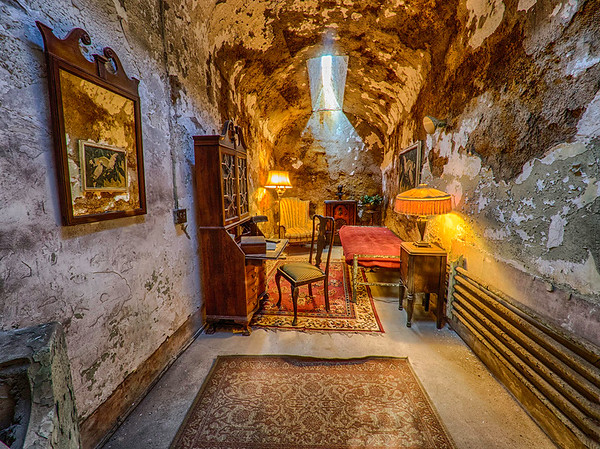 Eastern State Pen - Al Capone's Cell