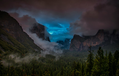 Tunnel View Between The Storms