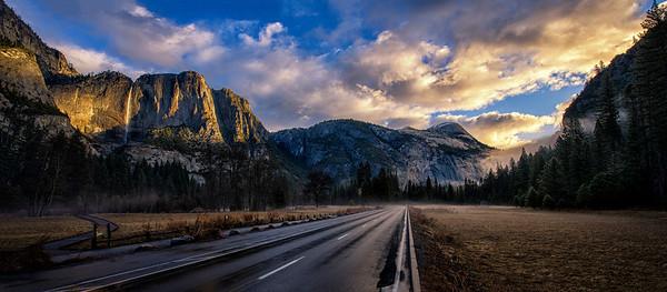 Daybreak At Yosemite National Park