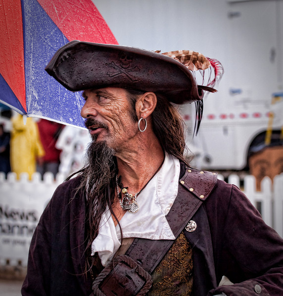 Great pirate costume and face.
