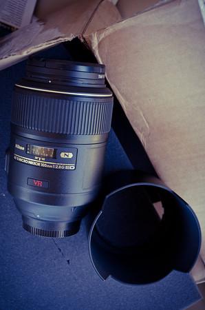 Nikkor 105mm/f2.8 Micro VR