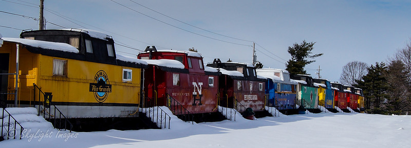 Red Caboose Motel rooms