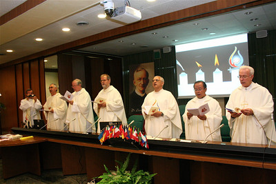 The new administration at the beginning of Mass