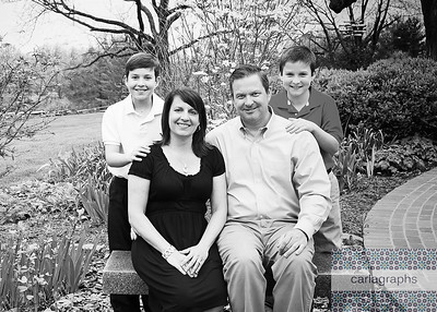 Jason's Fam Crop bw (1 of 1)