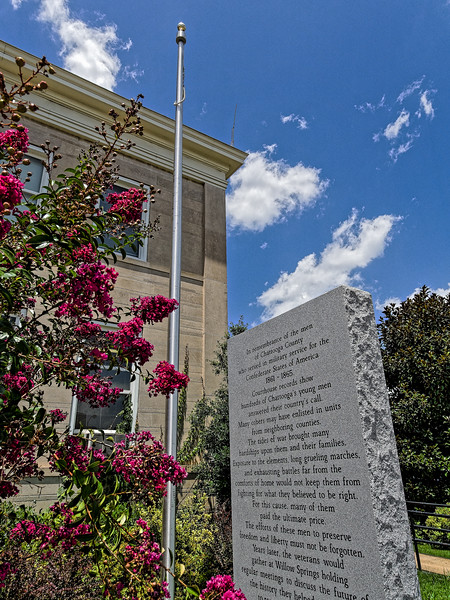 Chattooga County Courthouse Monument