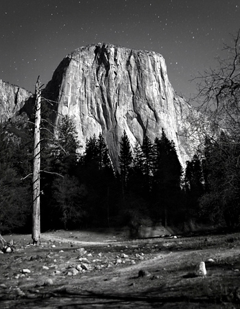 El Capitan at 2.00 am monlight