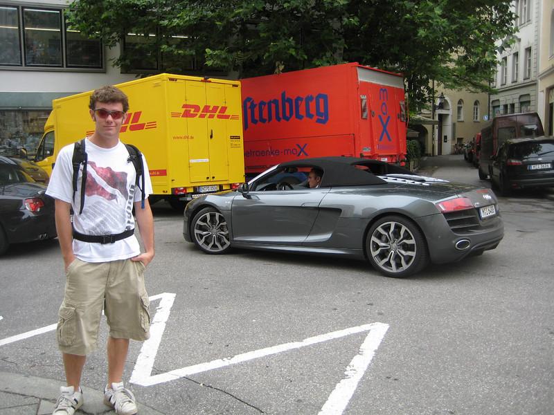 Audi - R8 -