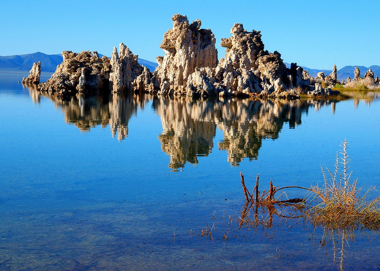 tufas of mono lake