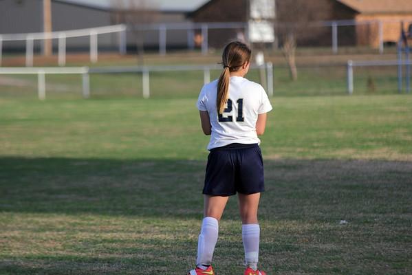 Girls soccer woodward