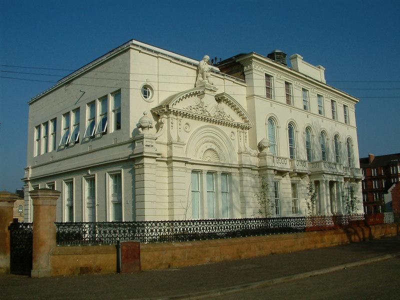 Greenhead School by Glasgow Green
